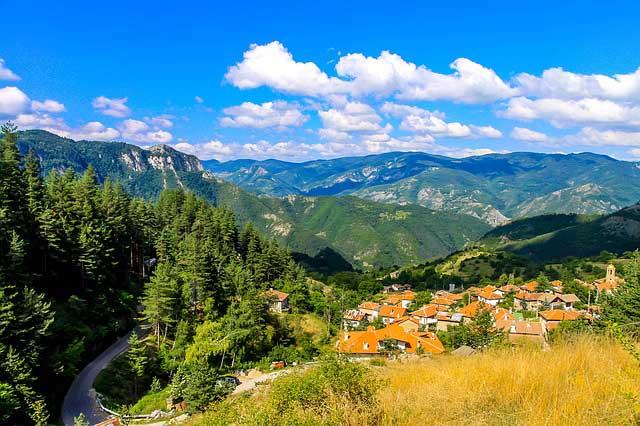 5 Български обичая запазили се и до днес