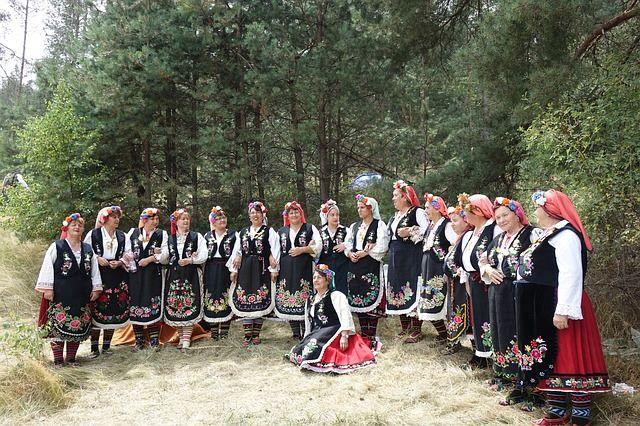 Българската Сватба – една уникална традиция и мост към миналото