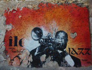 Атрактивни музикални паметници на идоли в музиката по света