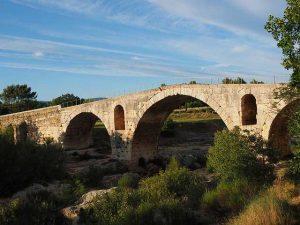 Невестино и 550 годишният му мост над Струма