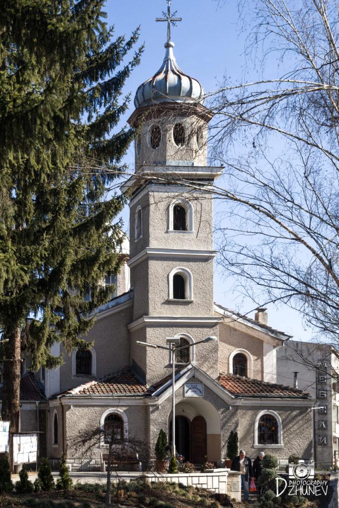 Храм Успение Богородично Велинград